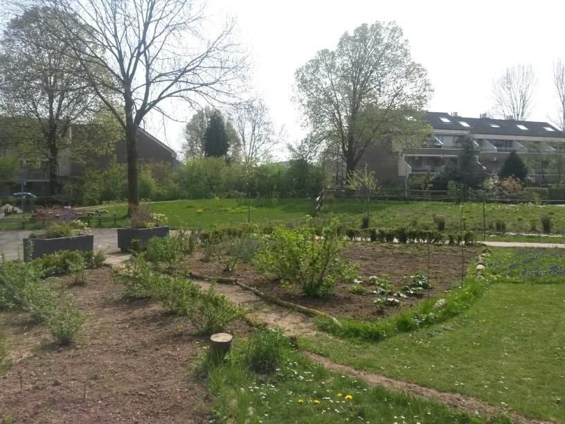 Houd je vingers groen! Mooi weer, de tuin in!