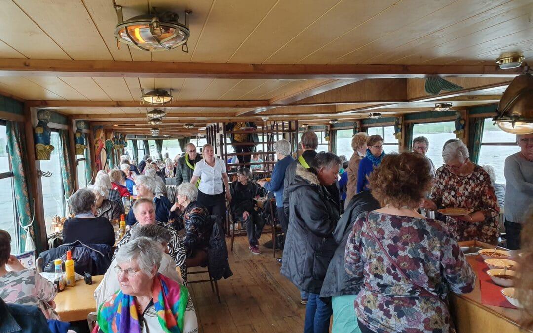 Hotel Haarhuis & SWOA verrassen 140 Arnhemse ouderen