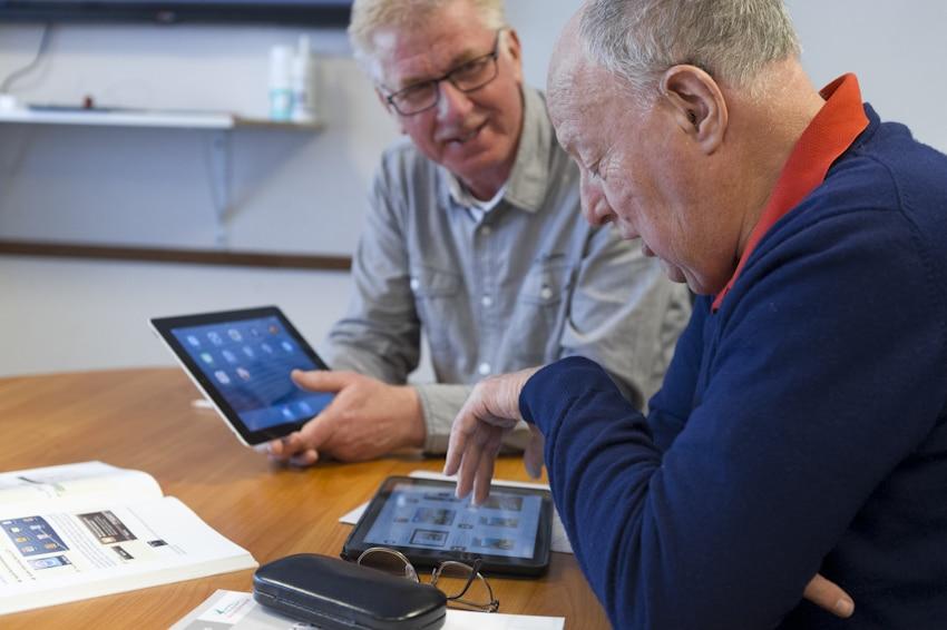 Help jij ouderen digitaal vaardig te zijn? Meld je aan als vrijwilliger!